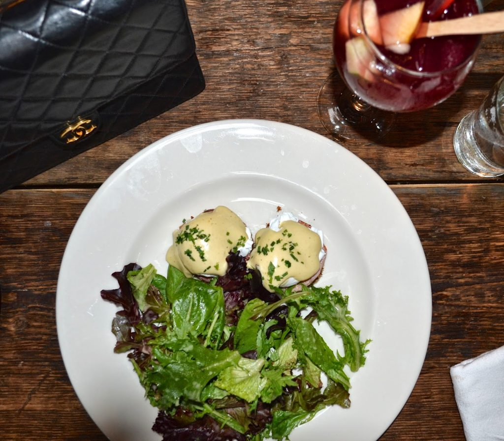 eggs benedict brunch Marketa astoria