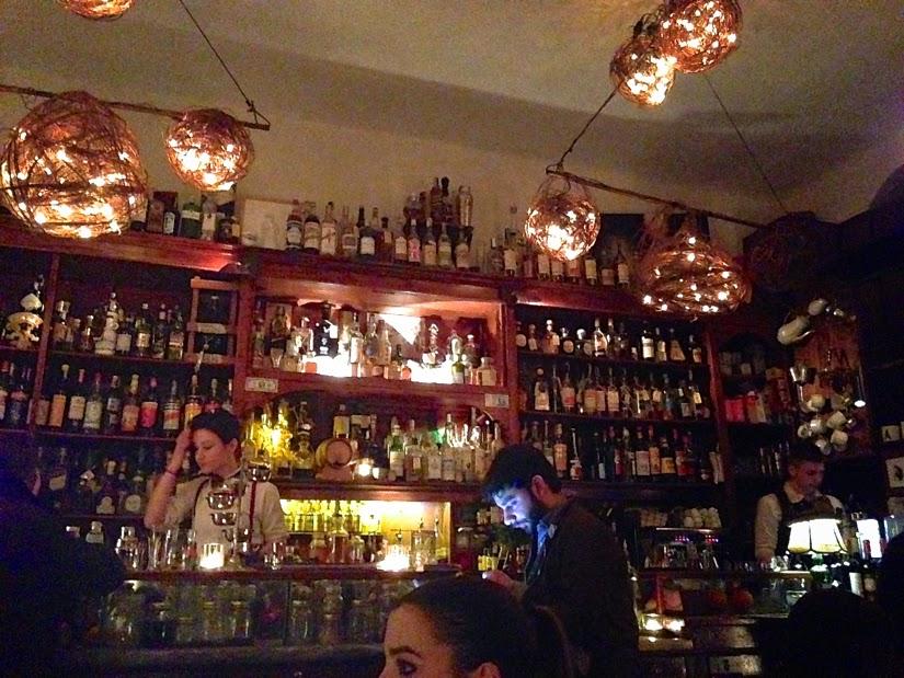 Mag Cafe Navigli district cocktail bar Mlian