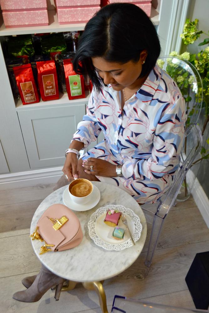 Best desserts in New york city, chloe mini drew purse